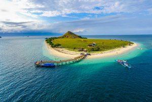 Pulau Kanawa Sailing Komodo