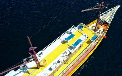 Sewa Kapal Labuan Bajo phinisi